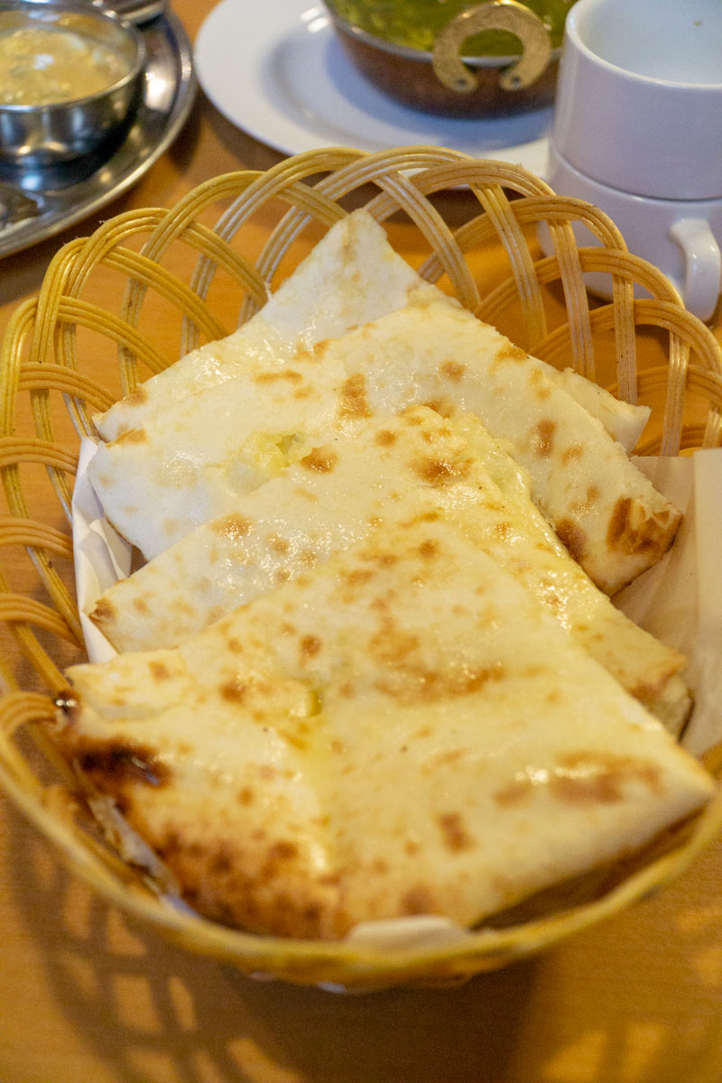 Indian Food Iwakuni- Devi Cheese naan