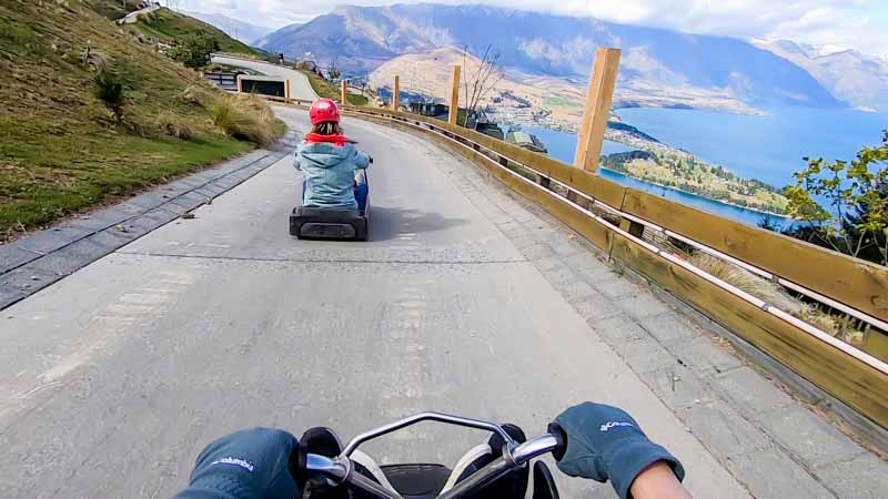 Queenstown-family-at-luge