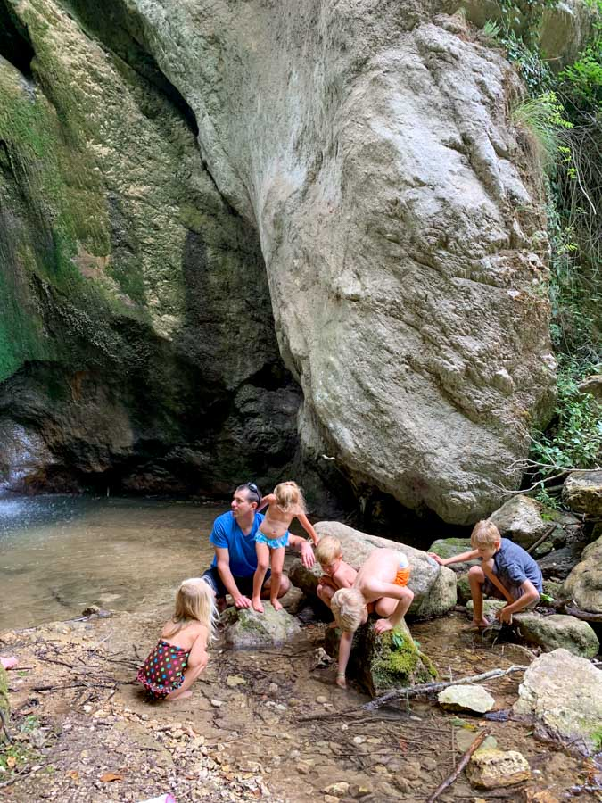 Group playing in Cascate di calabritto