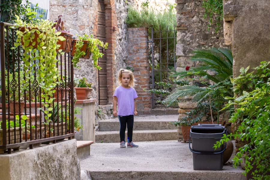 Narni girl in courtyard