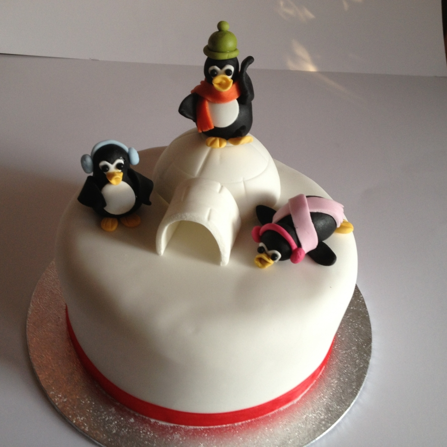 Penguin Christmas Cake Decorations