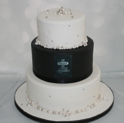Black Amp Pearl Wedding Cake 3 Tier