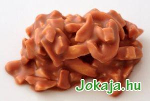 mandula-szilank-tejcsokis-1a
