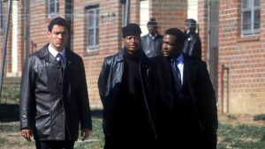 Dominic West, Larry Gilliard, Jr and Wendell Pierce during a season one episode of The Wire