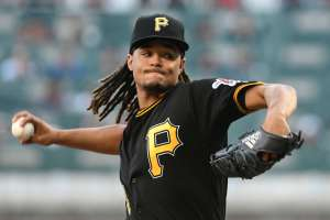 chris archer deals from the stretch for the pirates during a season in which owner bob nutting is confusing the Pittsburgh fanbase