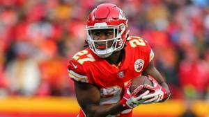 Kareem Hunt and more under-the-radar picks for your daily fantasy lineup in Week 9