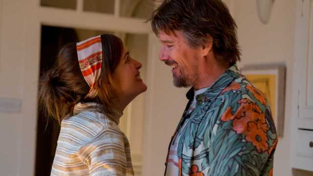 Rose Byrne and Ethan Hawke star in 'Juliet, Naked', a unique rom-com that puts a modern twist on the love triangle motif.