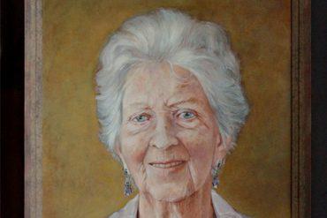 90 jarige dame - cropped - jokezwaan.nl