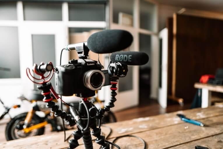 Ingin Sukses Nge-Youtube 10 Peralatan Youtuber ini Wajib Anda Miliki