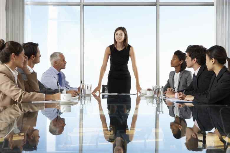 Pengertian CEO Adalah : Fungsi dan Tugas-tugasnya