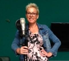 Jolanda voor microfoon