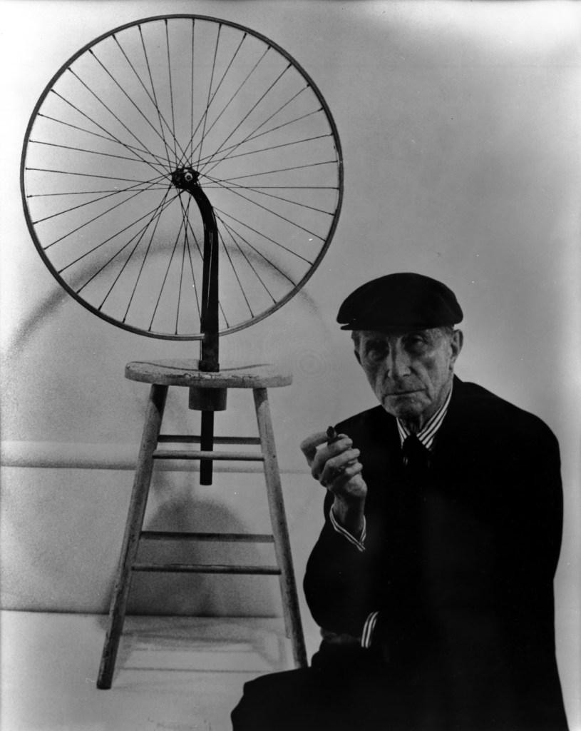 marcel-duchamp-bicycle-wheel