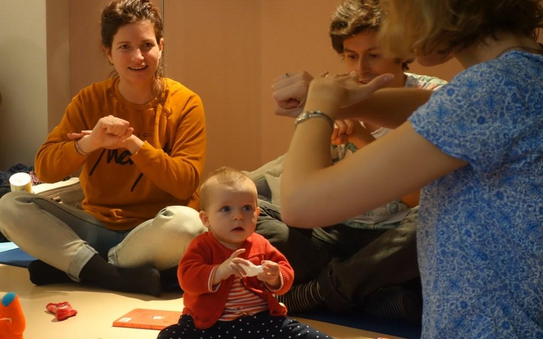 Signes avec Bébé fait un atelier pour les enfants