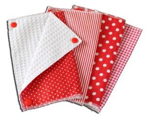 Lot essuies tout lavables, motifs pois et rayures rouges