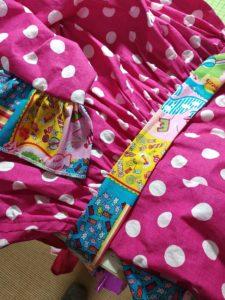 détails de la robe rockabilly