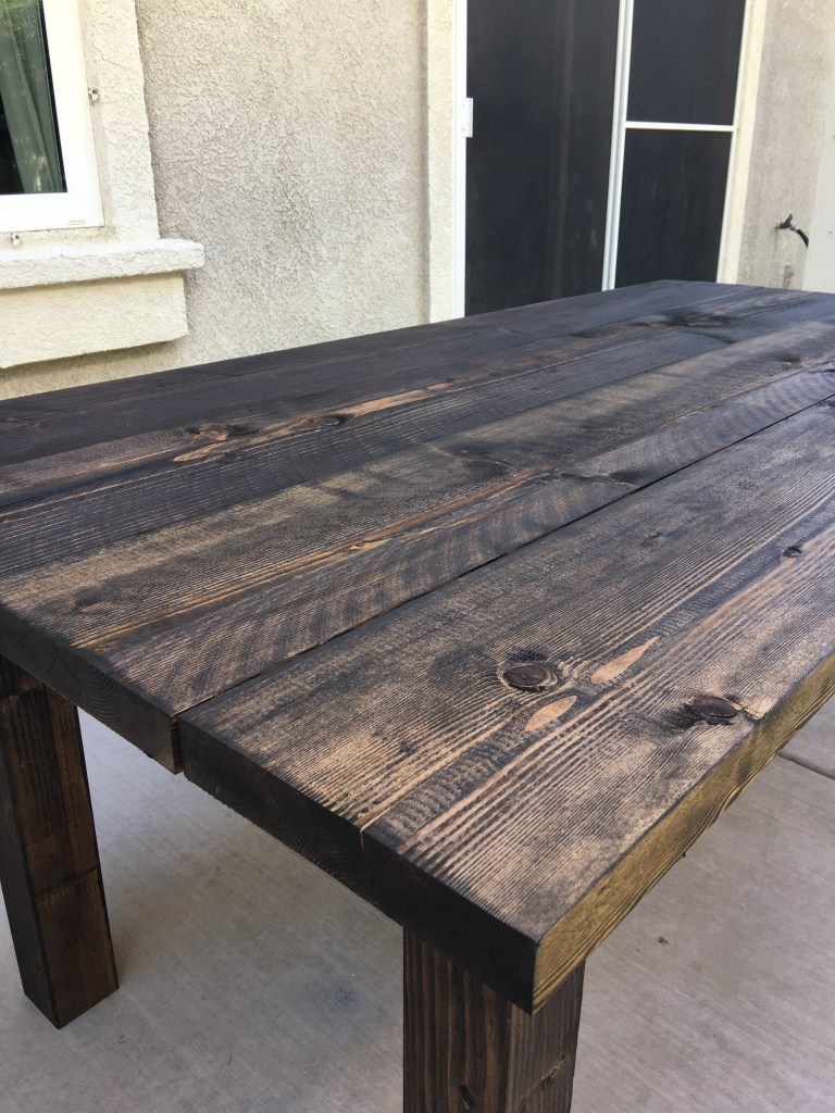 DIY Farmhouse Table Jolly and Happy