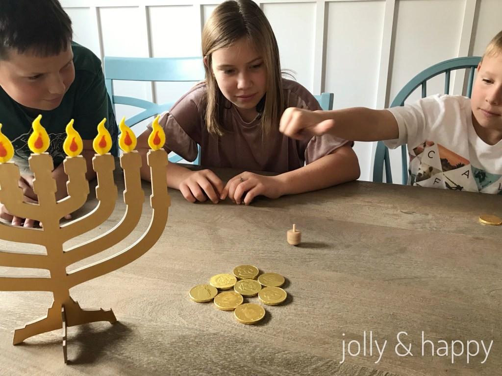 dreidel menorah Hanukkah DIY