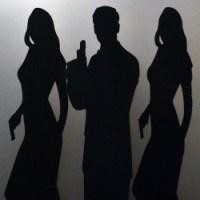 PIC-1-Bond-Silhouettes.jpg-nggid03225-ngg0dyn-250x250x100-00f0w010c011r110f110r010t010