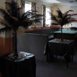 Black & Gold Ostrich feather centrepoieces