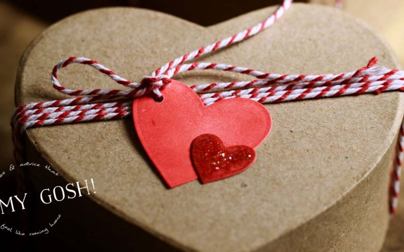 How to Make a Valentine's Date Box for Your Long Distance Love