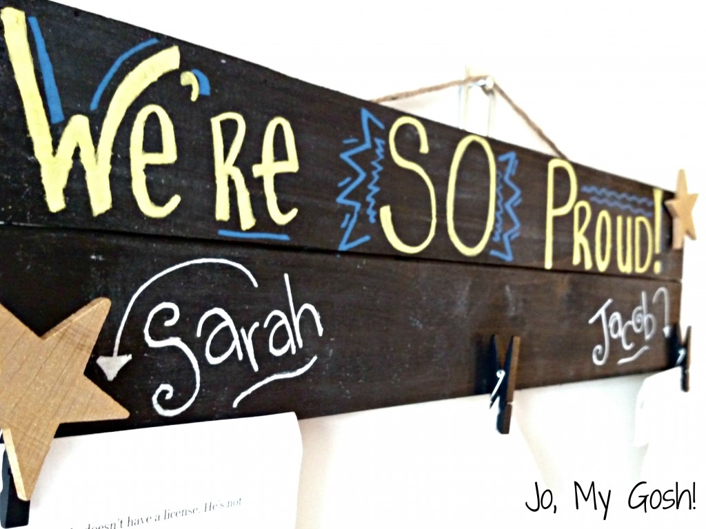 Pallet chalkboard student brag board, can make for under $10