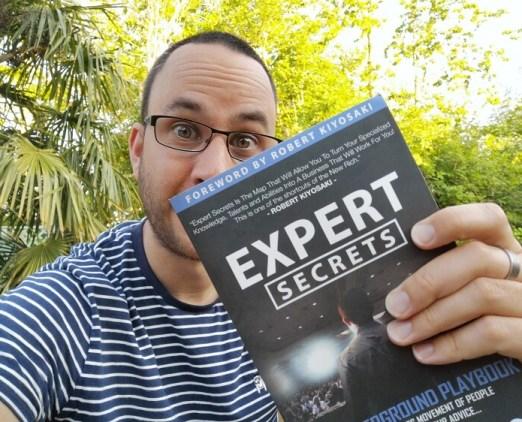 expert secrets book review