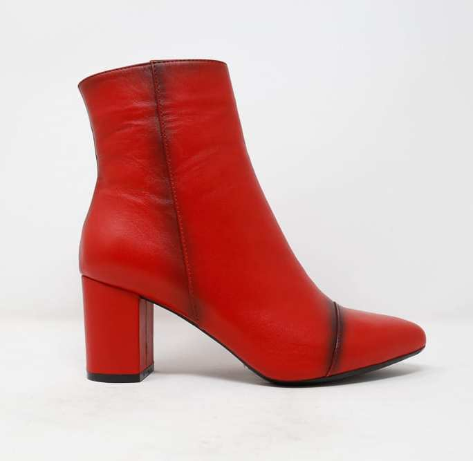 Women dressy boots