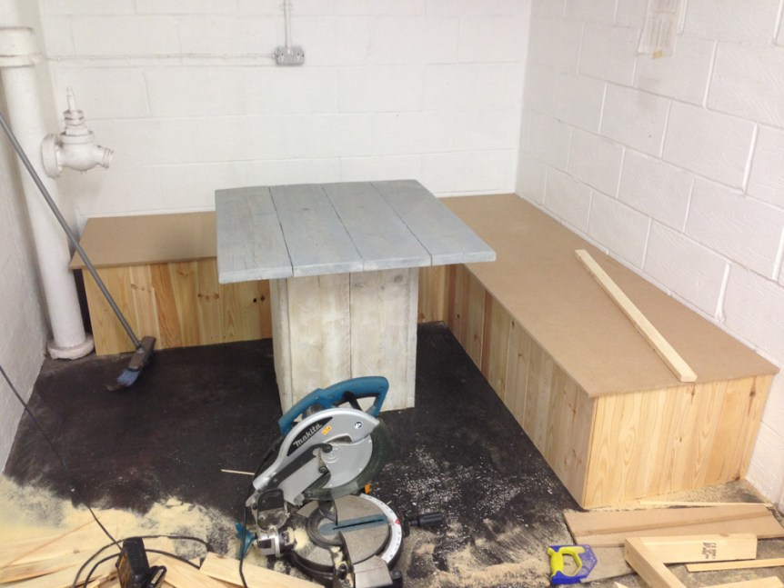 Fabrication-Table-FYXR
