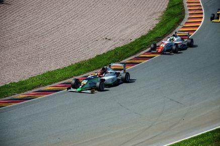 Formel-4-9