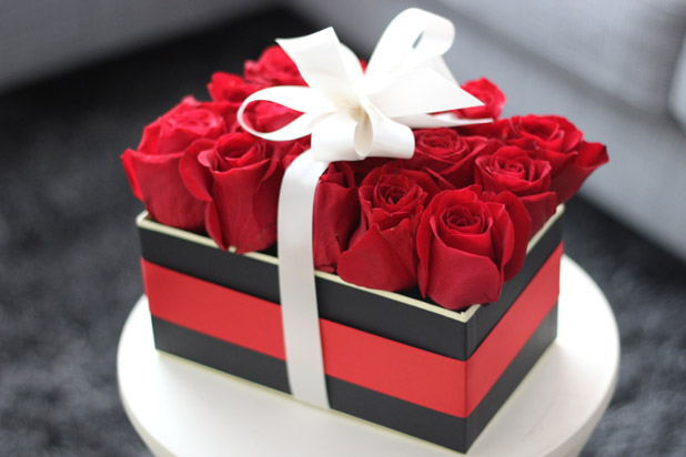Valentines Gift Box Floral Arrangement Jonathan Fong Style