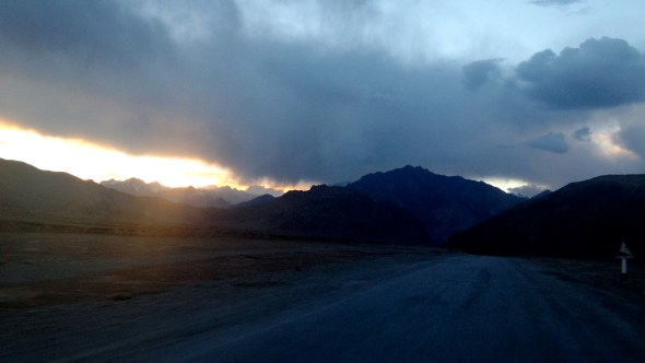 The last rays of light before a wonderful welcoming into Murghab