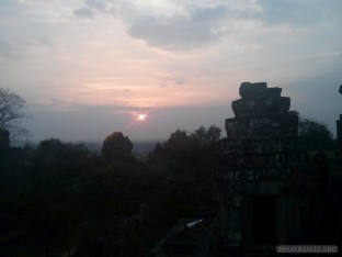 Angkor Archaeological Park - Phnom Bakheng sunset 2