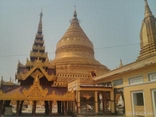 Bagan - Shwezigon pagoda 2