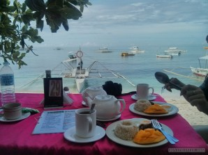 Bohol - Panglao beach breakfast