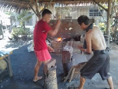 Bohol tour - knife forging 1