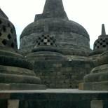 Borobudur - grand stupa 1