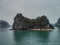 Cat Ba - Halong Bay tour beach