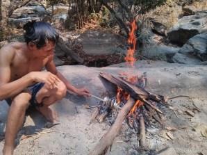 Chiang Mai trekking - day 2 waterfall 3 roasting fish