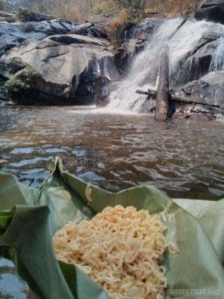 Chiang Mai trekking - day 2 waterfall lunch