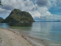 El Nido - kayaking beach 2