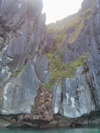 El Nido - kayaking cliff 2