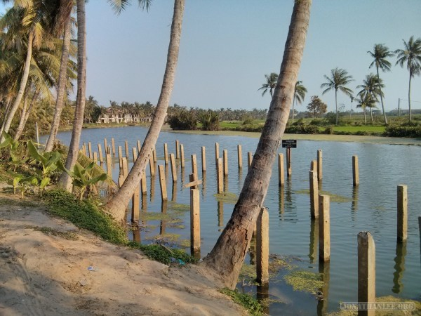 Hoi An - biking river view 1