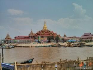 Inle Lake - Phaung Daw Oo 1