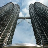 Kuala Lumpur - Patronas towers from below