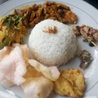Kuta Bali - nasi camphur 3