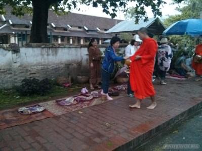 Luang Prabang - alms ceremony 1