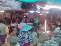 Moalboal - goods vendor