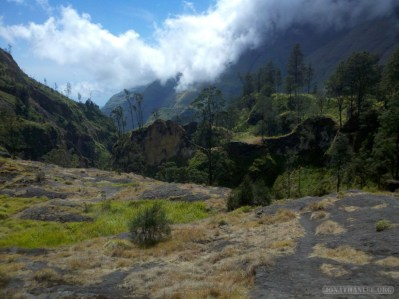 Mount Rinjani - hot springs scenery 3