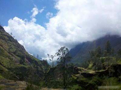 Mount Rinjani - hot springs scenery 8