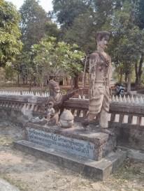 Nong Khai - Sala Keoku 21 circle of life leaving family